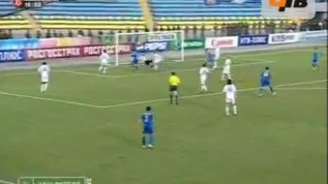 Павленко открывает счёт в матче