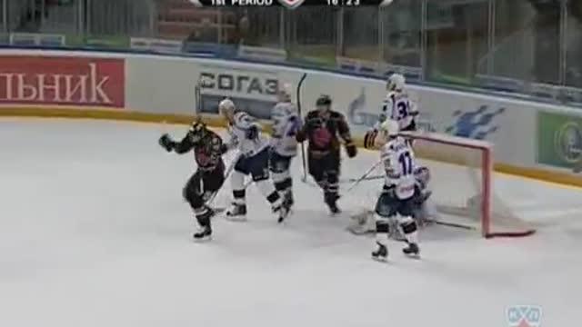 """2:1! Курьянов выводит """"Авангард"""" вперёд"""