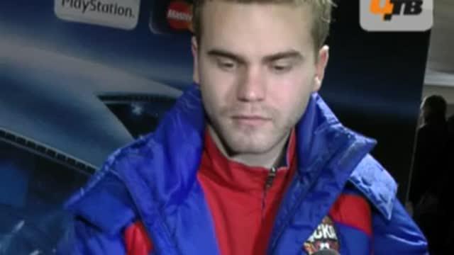 И.Акинфеев: сейчас мячи -хоть с 40 метров забивай.
