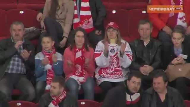 В третьем матче финальной серии Кубка Харламова МХК «Спартак» одержал победу над «Омскими Ястребами»