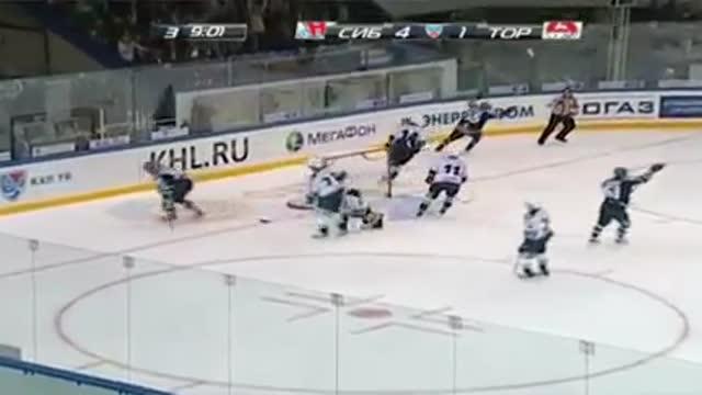 '51., 5:1. Степанов завершает атаку голом
